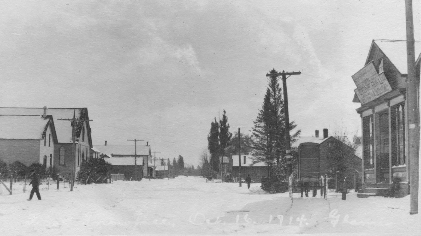 Glammis downtown, Oct 16, 1914
