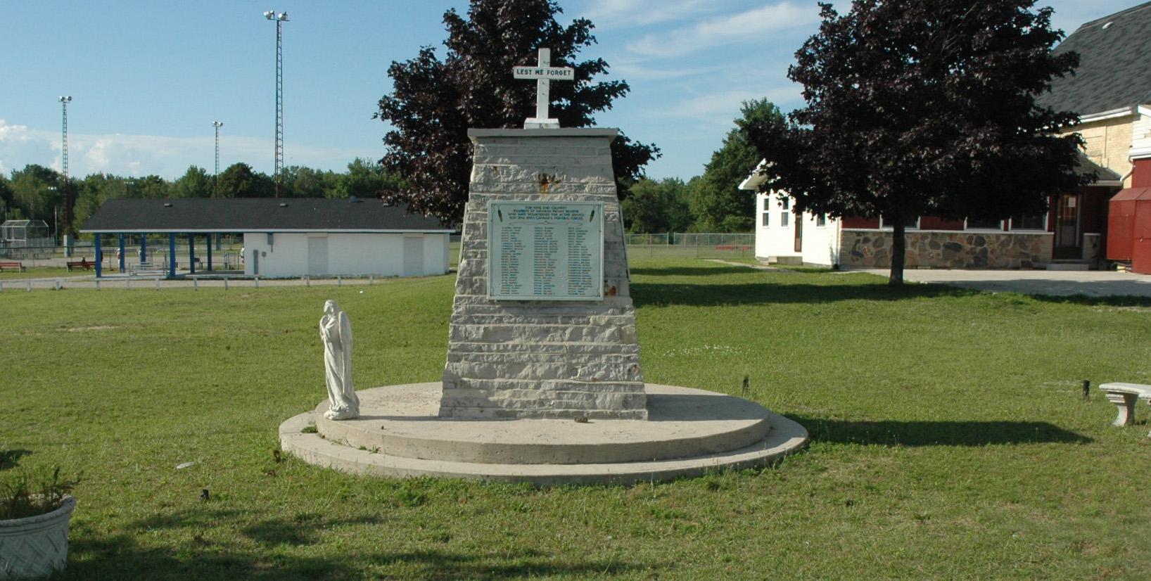 Saugeen First Nation Roll of Honour Monument