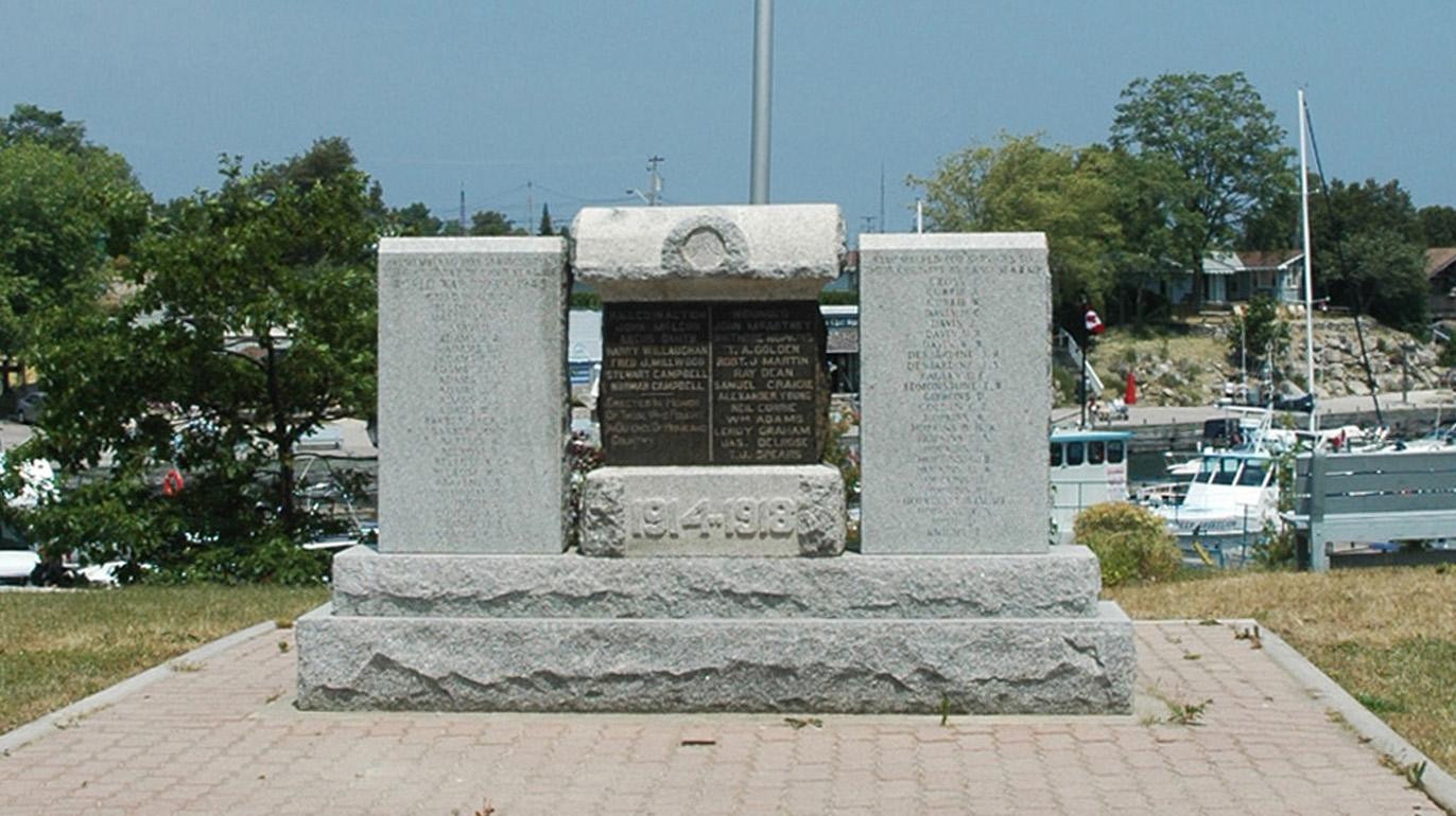 Tobermory Cenotaph